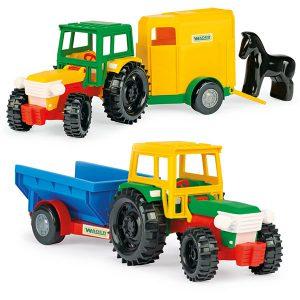 Traktor z przyczepą na konia/wywrotką