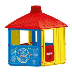 Domek z dachem kopertowym